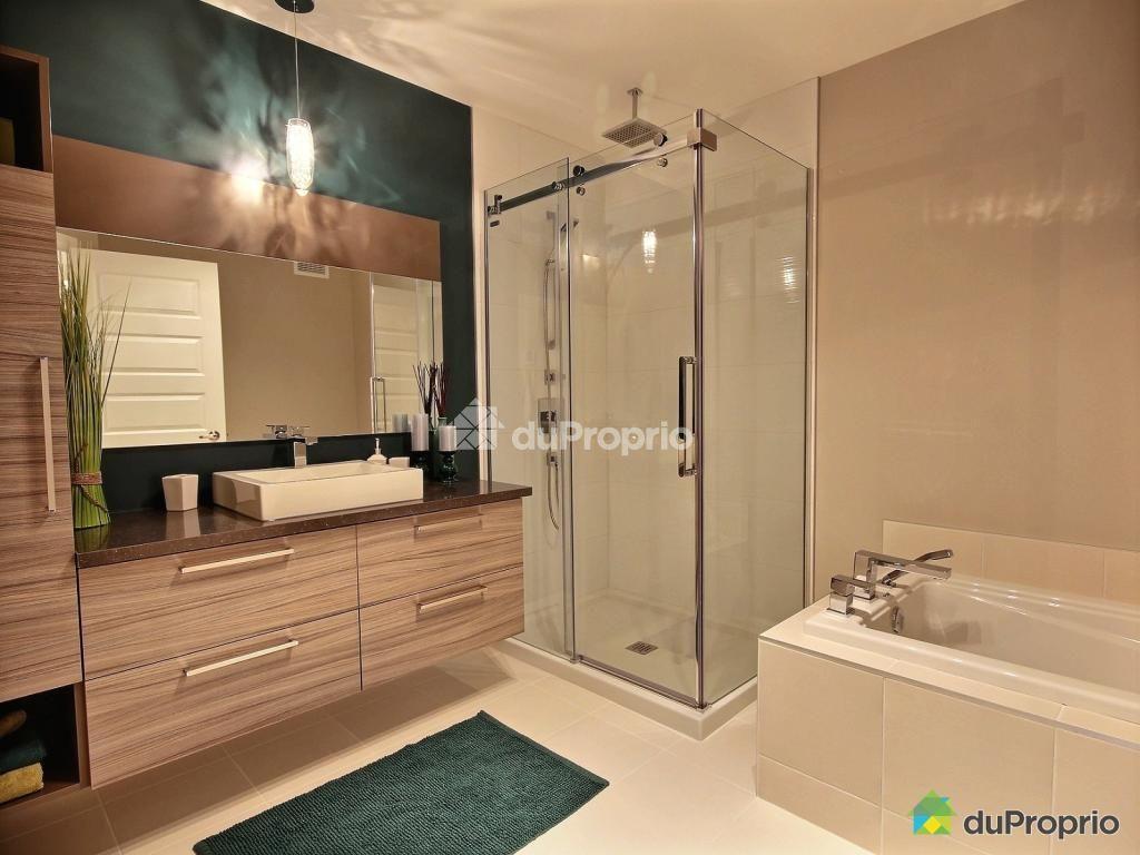 Maisons jumel es 2 tages avec garage for Salle de bain st jean